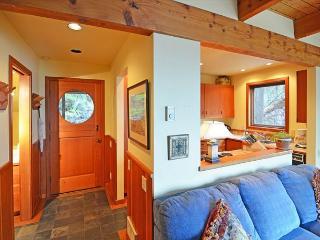 Smuggler's Cove Cottage - San Juan Island vacation rentals