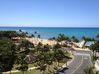 Fully Stocked Beach Suite - Honolulu vacation rentals