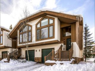 Mountain Range Vista Views - One Block to Shops and Activities (13579) - Breckenridge vacation rentals