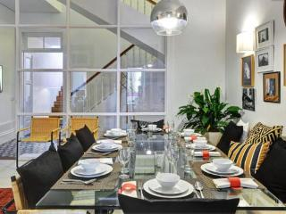 Tres Casas Large Townhouse Villa Sleeps 16 Porto City - Matosinhos vacation rentals