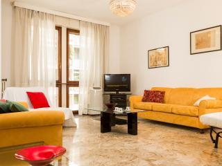 Egadi B - 1154 - Milan - Pogliano Milanese vacation rentals