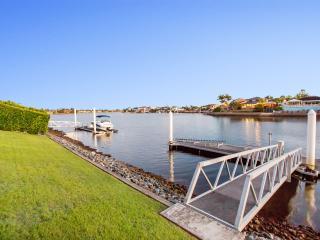 Bella Volante Waterfront 6 Bedroom House + Cinema - Gold Coast vacation rentals
