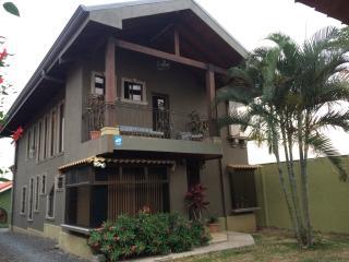 Ruta Verde House - Alajuela vacation rentals