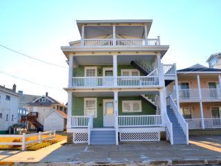 862 2nd St. 3rd Floor - Ocean City vacation rentals