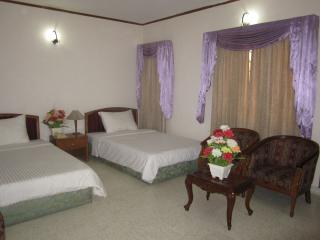 seven star - Rajshahi vacation rentals