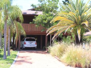 Best IRB Location - Close to Restaurants and Shops - Indian Rocks Beach vacation rentals
