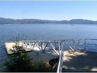 Spacious Waterfront Home - Anderson Cove House - Sooke vacation rentals