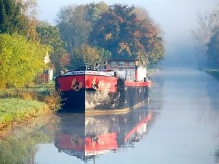 UNIQUE FAMILY BARGE HOLIDAY NEAR  AUXERRE BURGUNDY - Accolay vacation rentals