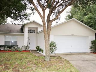 4 Bedroom-lovely pool near Disney - Clermont vacation rentals