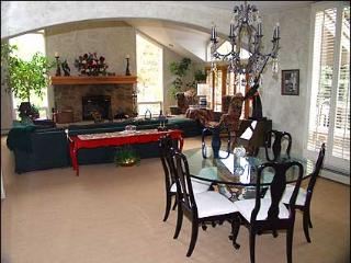 Close to Slopes, Vail Golf Course - 4 Bedrooms + Loft (4744) - Vail vacation rentals