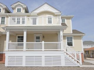8215 Second Avenue - Stone Harbor vacation rentals