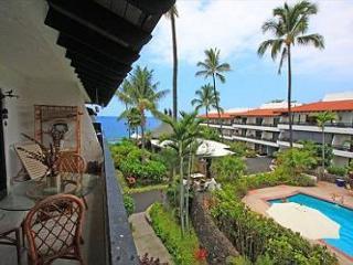 Casa De Emdeko 310- One Bedroom Deluxe with Ocean Views- AC Included! - Kailua-Kona vacation rentals