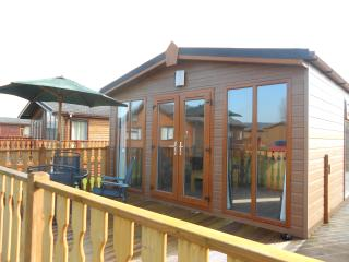 Lodge at Borwick with leisure facilities - Lake District vacation rentals