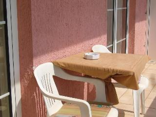 Apartment Campi Rab 2 for 4 with balcony - Kampor vacation rentals