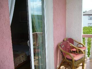 Apartment Campi 3 for 6 with a balcony and AC - Kampor vacation rentals