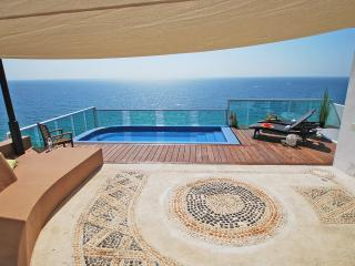 #2000 There Can Only Be 1 Best Penthouse in Cancun - Cancun vacation rentals