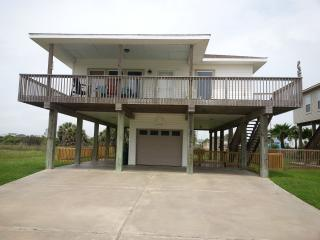 Walk to the beach at Pets okay Beach Bum Hideaway - Freeport vacation rentals