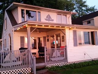 Maple Bay Get-a-Way - Chautauqua Allegheny vacation rentals