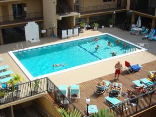 2 MINUTES to BEACH-CONDO-2 BEDROOMS-SLEEP UP TO 8 - Sunny Isles Beach vacation rentals