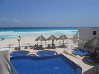 Beautiful fully furnished four-bedroom condo - Cancun vacation rentals