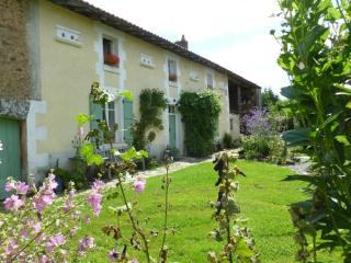 B&B, tables d'hôtes and gîte/cottage, beach nearby - Limousin vacation rentals