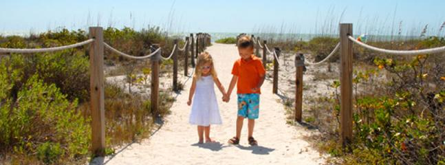 Precious time with family - Sanibel Nature At Your Doorstep - Sanibel Island - rentals