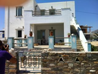Tinos 1 studio next to the sea - Tinos Town vacation rentals