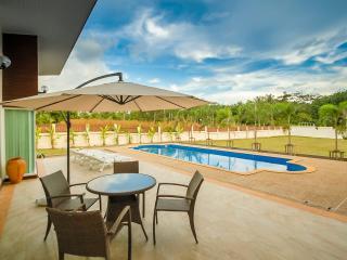 KRABI ZEN VILLA 3 Bedrooms - Krabi vacation rentals