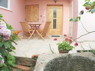 Apartmani Laura(2449-6160) - Mali Losinj vacation rentals