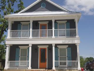 Beautiful New Build on Lake Dunlap - New Braunfels vacation rentals