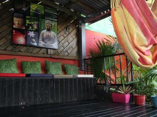 Caribbean romantic guest cottage - Sainte Anne vacation rentals