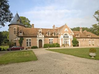 Chateau Des Perdrix - Neung-sur-Beuvron vacation rentals
