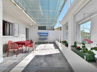 Atelier - Podstrana vacation rentals