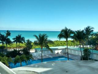 Ocean view studio - Miami Beach vacation rentals