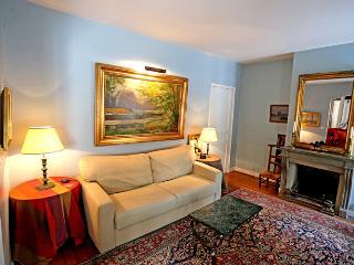 Spacious, Light, and Elegant 2 Bedroom + 2 Bathroom Marais Apartment - Paris vacation rentals