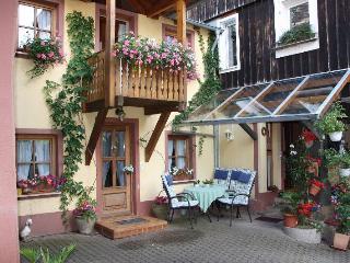 Vacation Apartment in Muellheim - 463 sqft, 1 bedroom, max. 2 persons (# 8104) - Britzingen vacation rentals