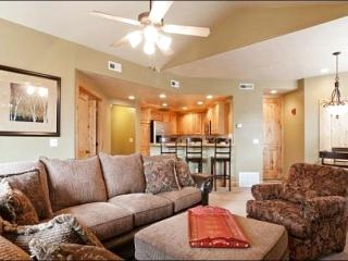 Incredible Mountain Scenery - Short Walk to Free Shuttle, Shops & Dining (25161) - Park City vacation rentals