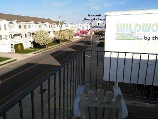 Breezy Beachblock 1 BR Condo, Ocean View - Wildwood vacation rentals