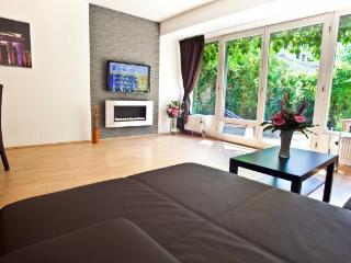 Apartment Rental at the Heart of Berlin - Berlin vacation rentals