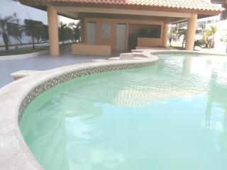 Apartment POOL,near supermarkets, restaurants,park - Santo Domingo vacation rentals