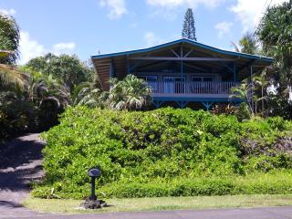 Ocean Front!  Paradise Cliffs Vacation Rental - Kapoho vacation rentals