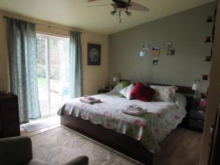 Cozy comfortable room in casual Coastal BnB - Tillamook vacation rentals