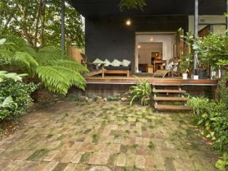 The Tranquil Backyard - Bondi vacation rentals