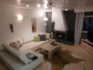 Vacation Apartment in Flörsbachtal - 969 sqft, newly renovated, comfortable and tastefully decorated… - Lohrhaupten vacation rentals