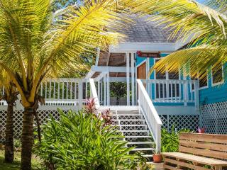 Your Perfect Island Home with Pool - sleeps 8 - Roatan vacation rentals