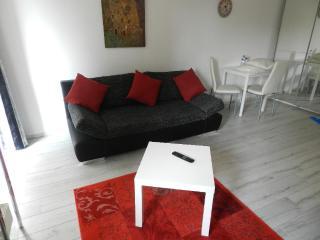 Vacation Apartment in Lüneburg - 4058 sqft, modern, clean, central (# 5137) - Lüneburg vacation rentals