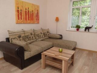 Vacation Apartment in Alf - 409 sqft, quiet, bright, comfortable (# 5970) - Alf vacation rentals