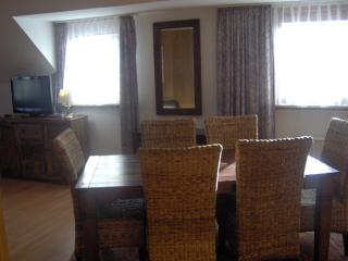 Vacation Apartment in Neustadt am Rübenberge - 1615 sqft, comfortable, high-quality (# 5982) - Wunstorf vacation rentals