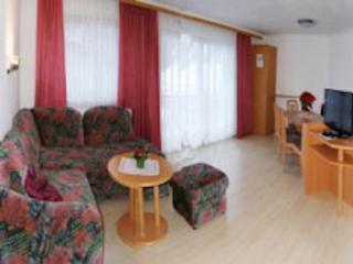 Vacation Apartment in Samnaun - 700 sqft, central, quiet, comfortable (# 7014) - Grisons vacation rentals