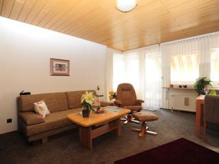 Vacation Apartment in Bremerhaven - 657 sqft, central, comfortable (# 7017) - Bremerhaven vacation rentals